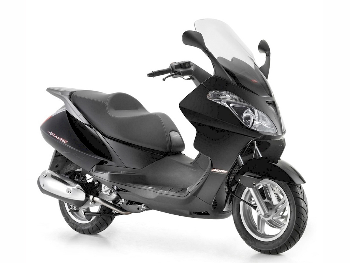 Image of APRILIA ATLANTIC 300