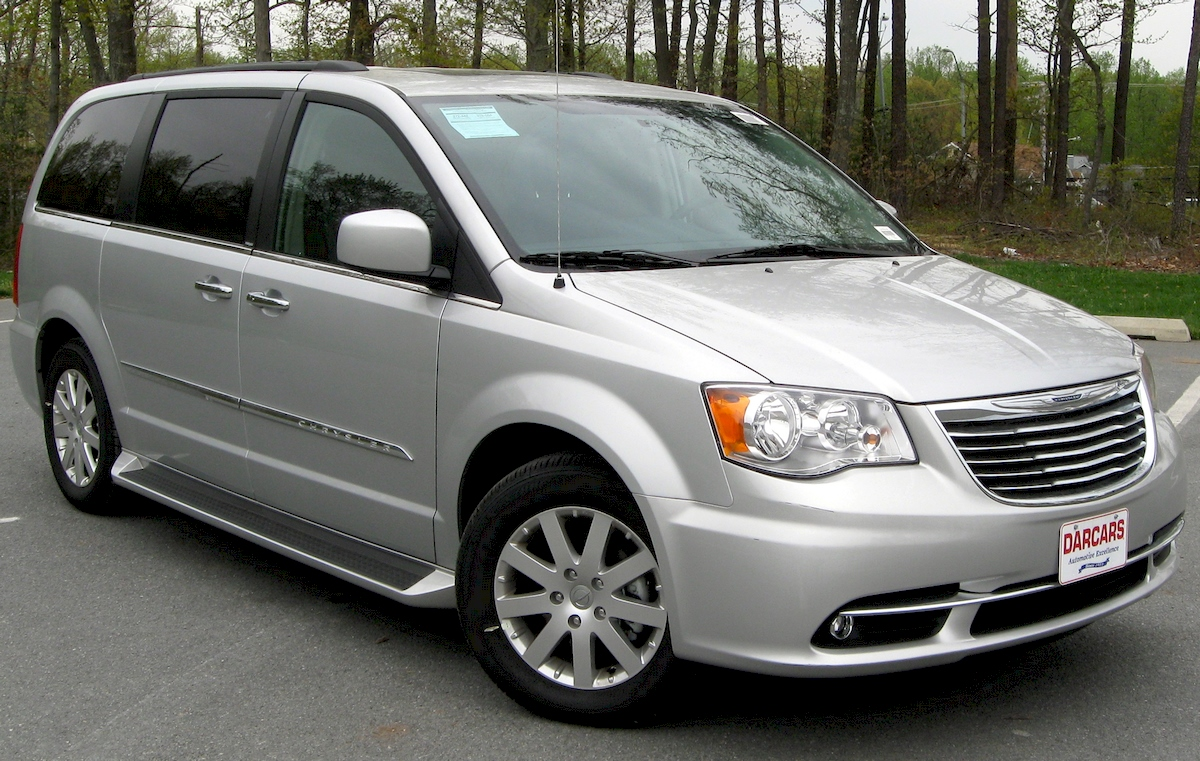 Image of CHRYSLER TOWN-COUNTRY