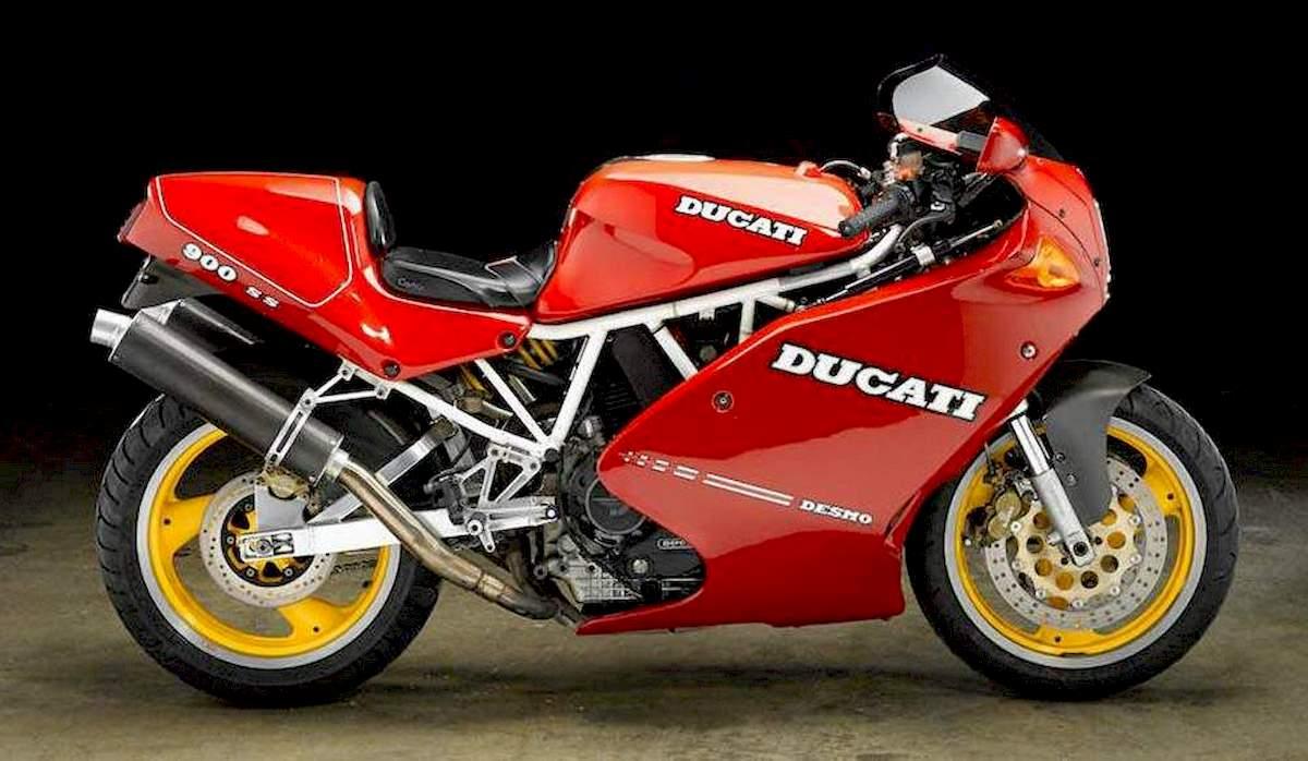 Image of DUCATI 900
