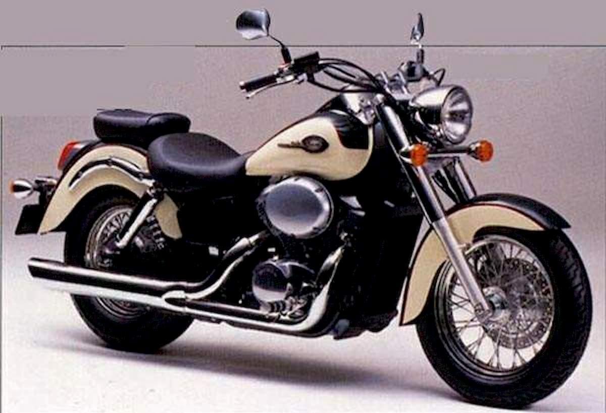 Image of HONDA VT 750 C2