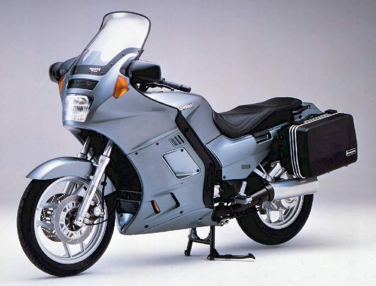 Image of KAWASAKI 1000 GTR