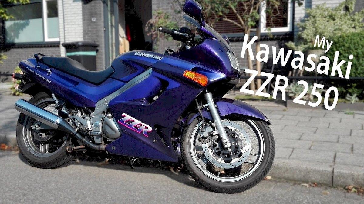Image of KAWASAKI ZZR 250