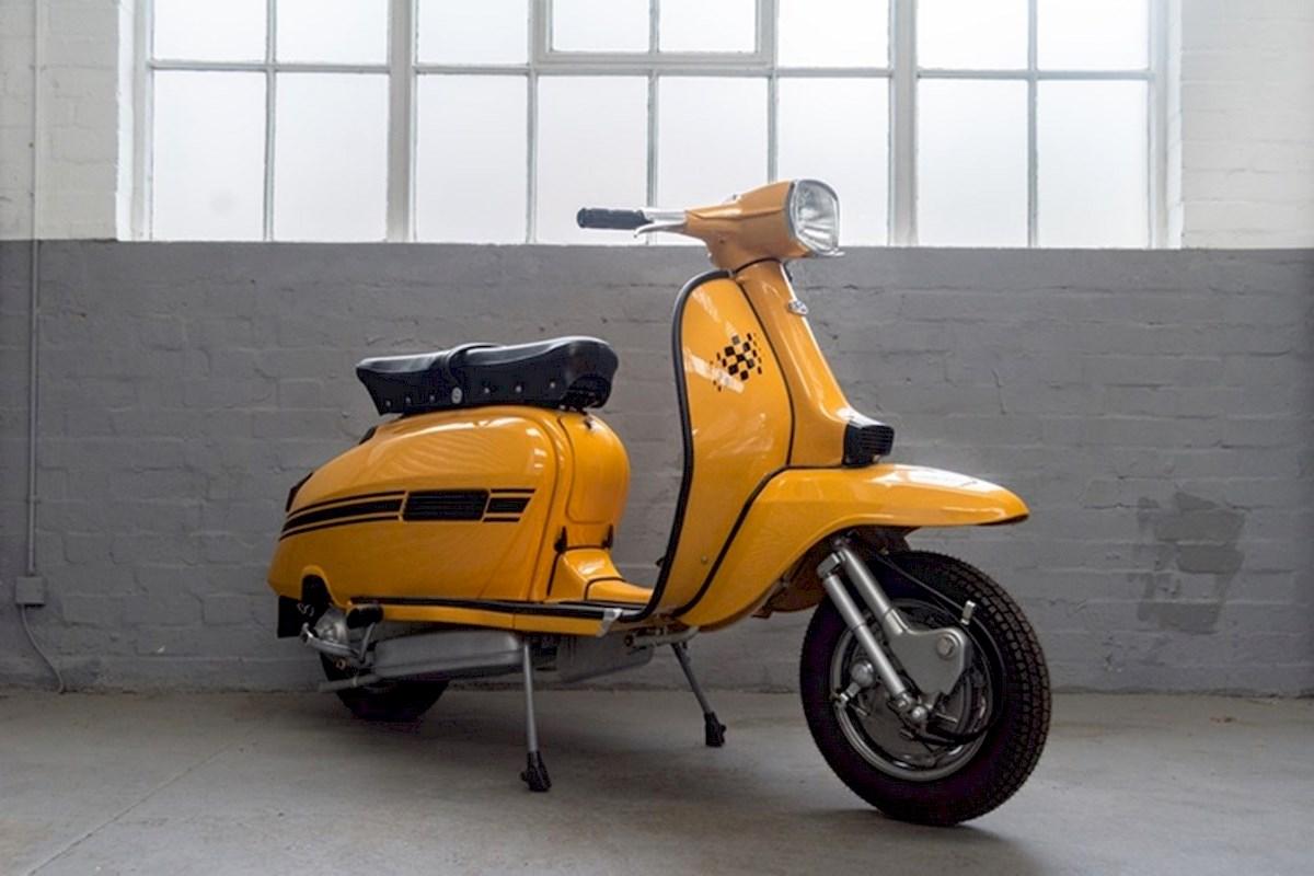 Image of LAMBRETTA GP 200