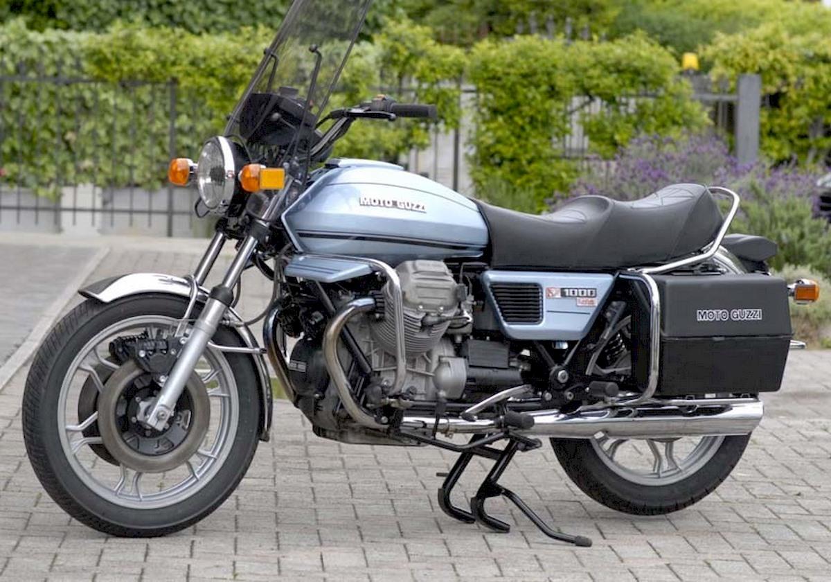 Image of MOTO GUZZI V1000