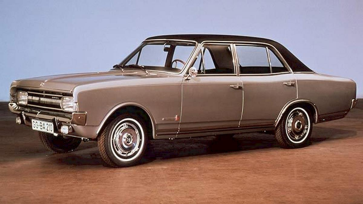 Image of OPEL COMMODORE