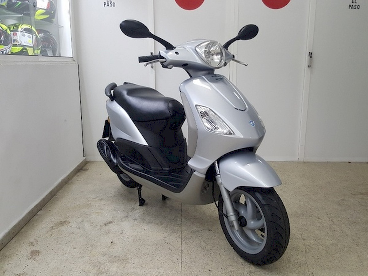 Image of PIAGGIO FLY 100