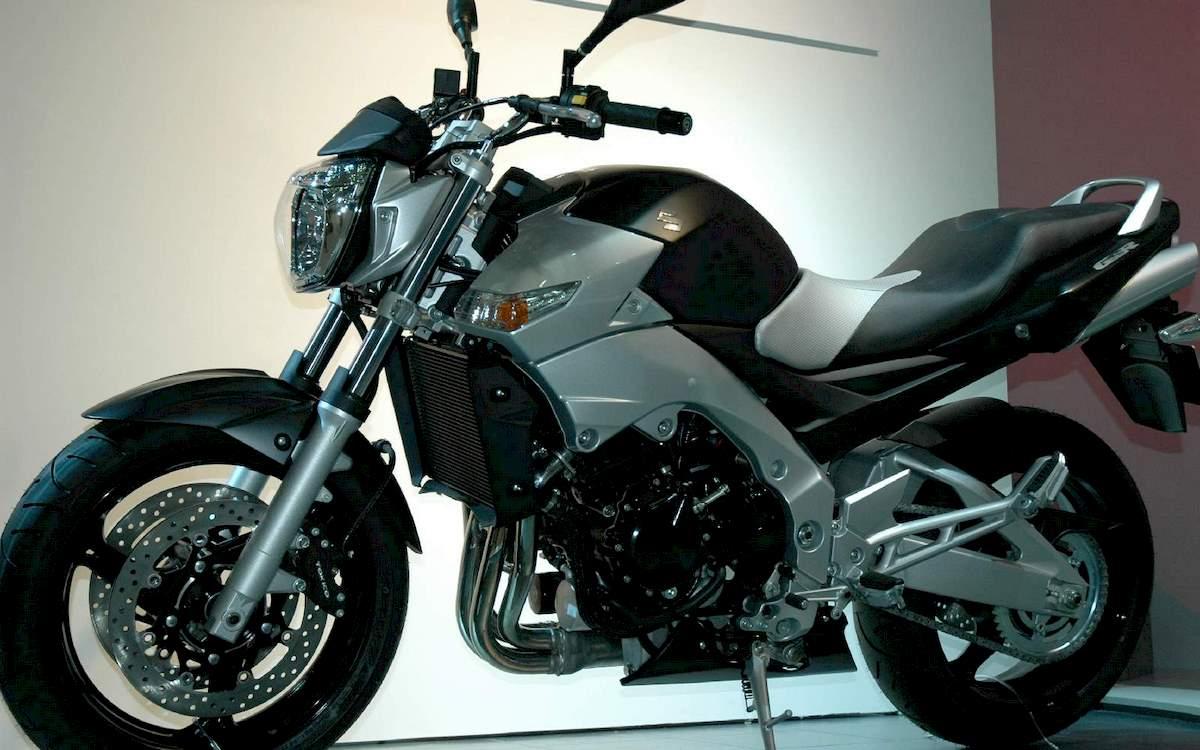Image of SUZUKI GSR 400