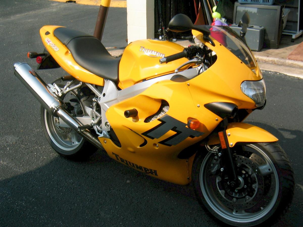 Image of TRIUMPH TT 600