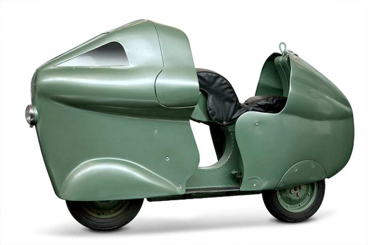 Image of VESPA MONTHLERY