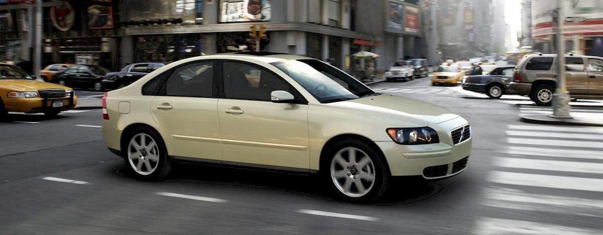 Image of VOLVO S40