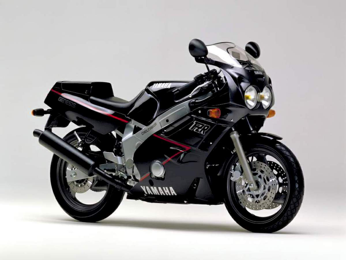 Image of YAMAHA FZR 600